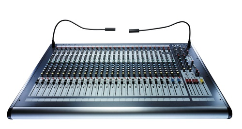 Микшер Soundcraft GB2-32